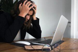 「20代で転職うまくいかない」に陥っている人が一瞬で転職優位になる方法